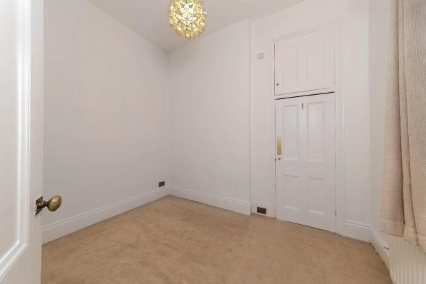 31 Osbourne Ave flat