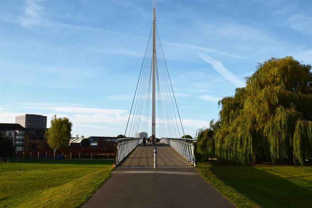 New Bridge.jpg