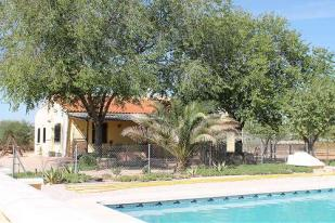 4 bedroom Villa for sale in Yecla, Murcia, Spain