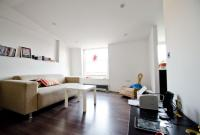 Flat in Myddelton Square, EC1