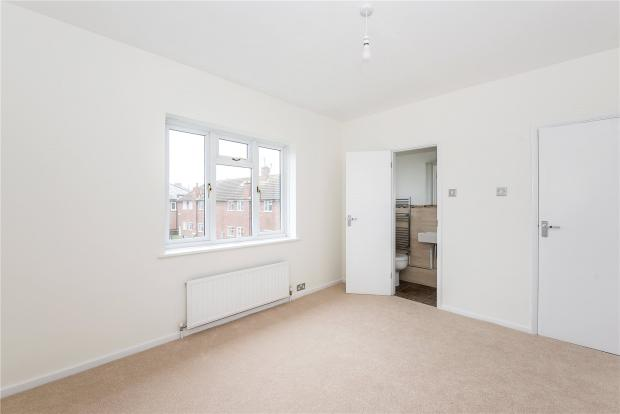 2 Bedroom Apartment For Sale In Home Park Walk Kingston Upon