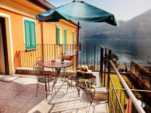 2 bedroom Apartment for sale in Tremezzo