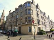 Flat to rent in Murieston Crescent...