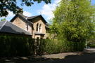 3 bed Apartment for sale in High Road, Castlehead...