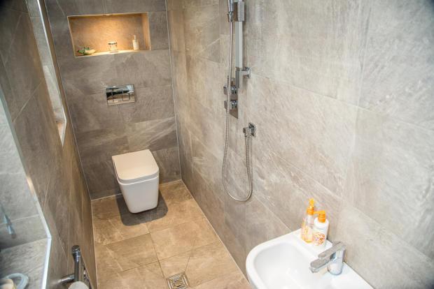 Wet Floor Shower ...