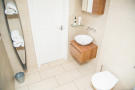 Bathroom S66 1DR