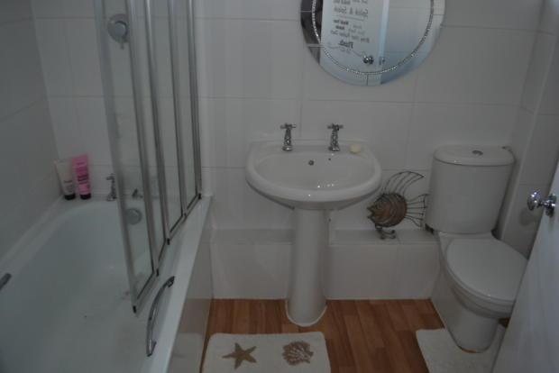 Bathroom S66 2XG