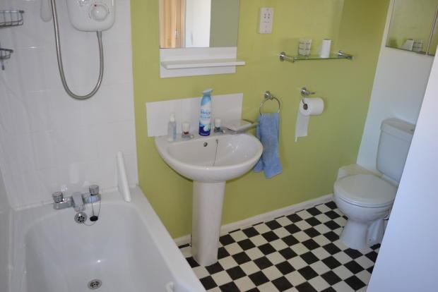 Bathroom S66 1DT