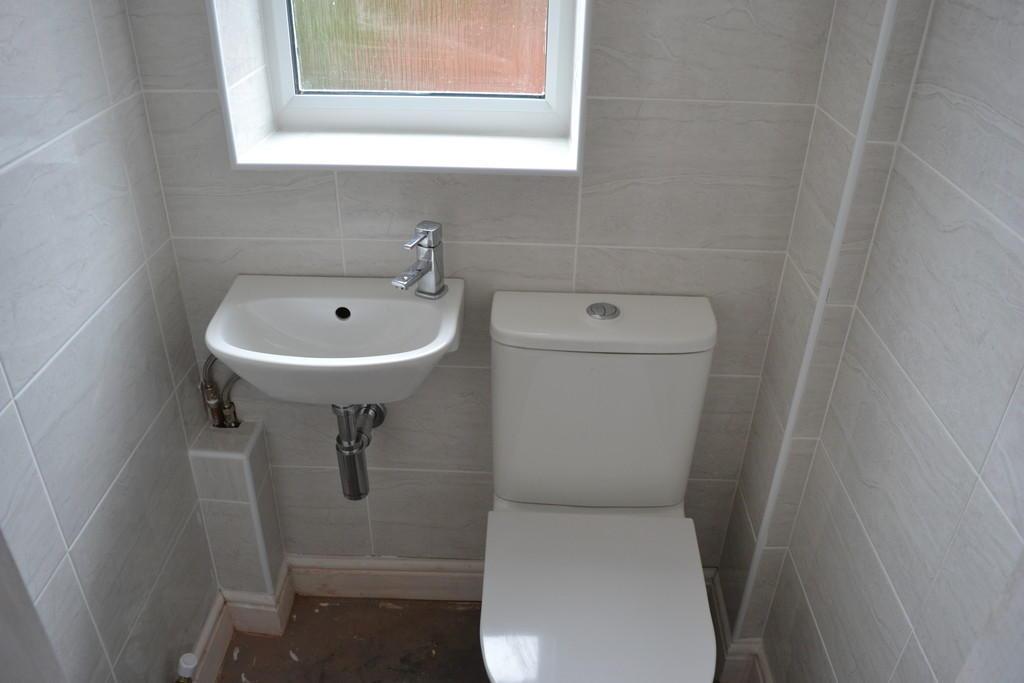 WC S60 4LE