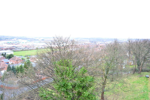 Views S65 2BW