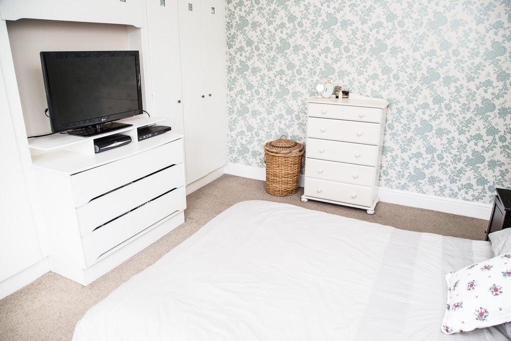 Bedroom One S60 2...