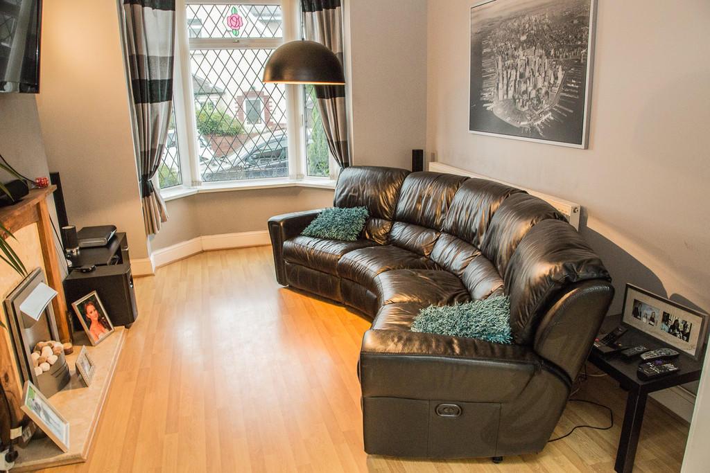 Lounge S64 9BN
