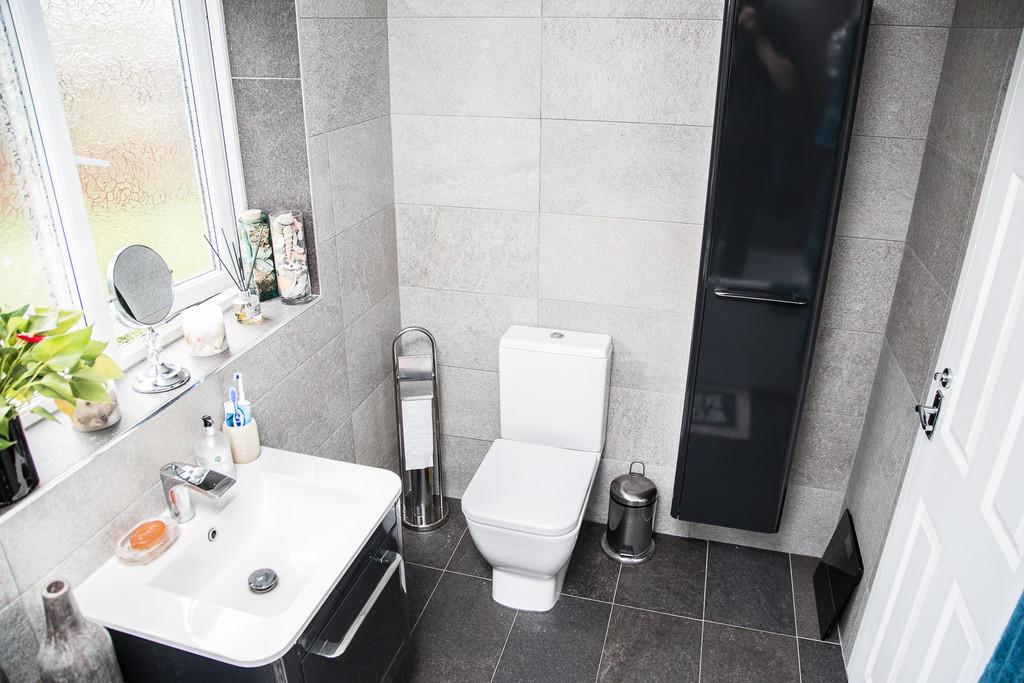 Bathroom S66 2HQ