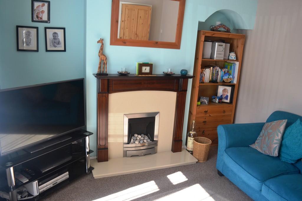 Living Room S62 7...