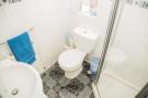 Shower Room S66 8...