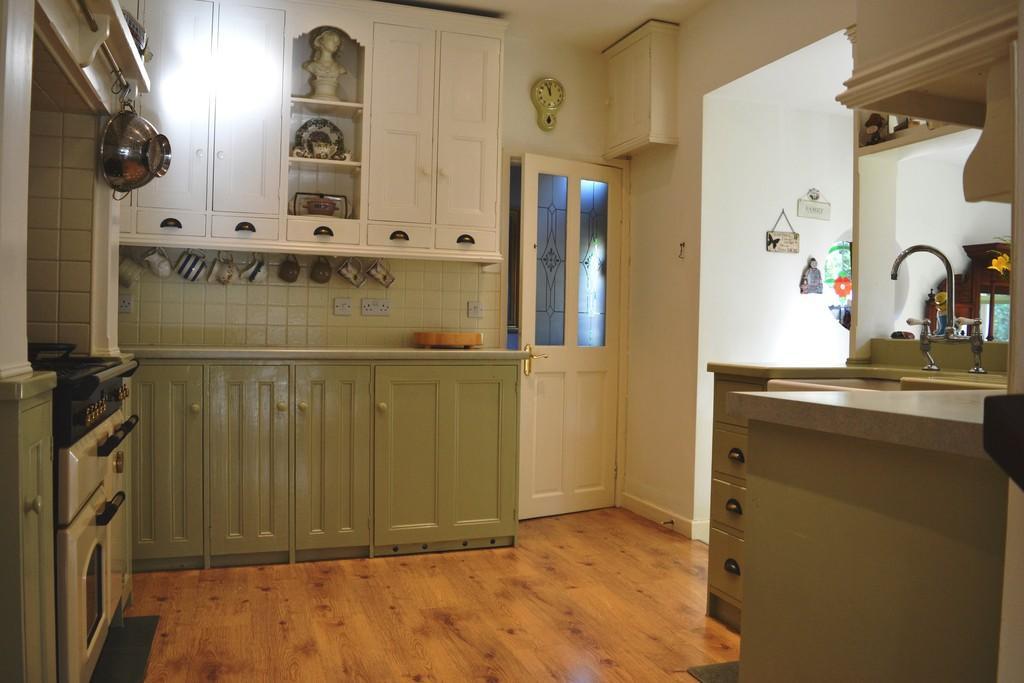 Kitchen S66 1AR