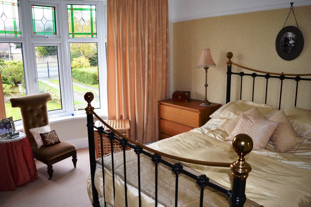Bedroom One S66 1...