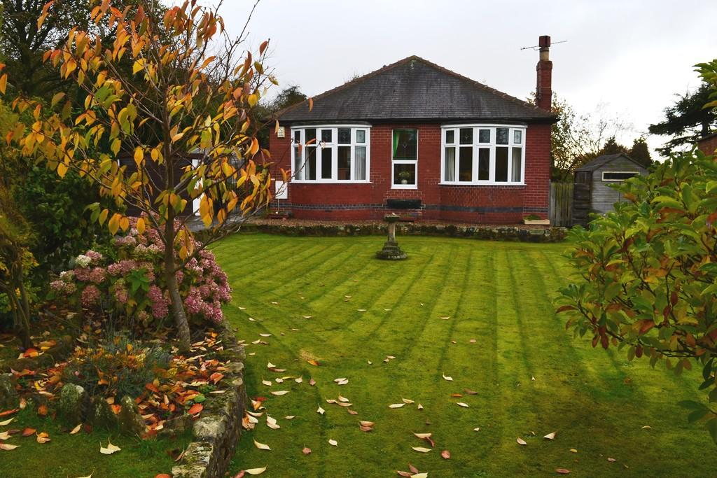 Front Garden to H...