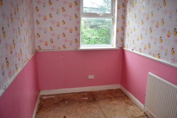 Bedroom Two S61 1...