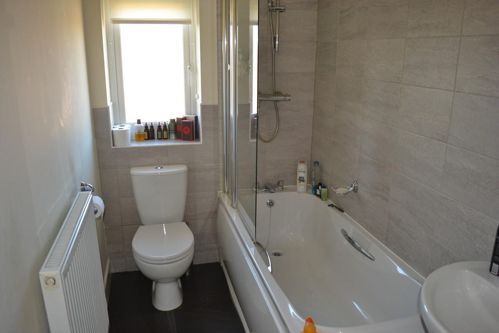 Bathroom S60 5QS
