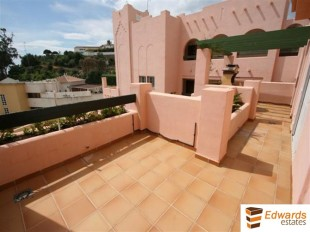 2 bedroom Apartment for sale in Andalusia, Mlaga, Nerja