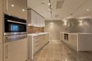 3 bed Apartment in Palace Street, Victoria...