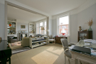 5 bedroom Flat in Prince Of Wales Drive...