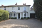 Bromley Common semi detached house to rent