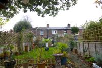 2 bed house in Lymbourn Road, Havant...