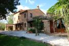 4 bed Country House in Le Marche, Macerata...