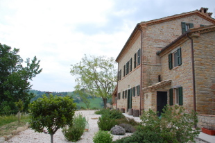 Country House in Le Marche, Macerata...