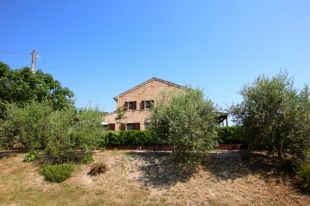 Country House for sale in Le Marche, Fermo...