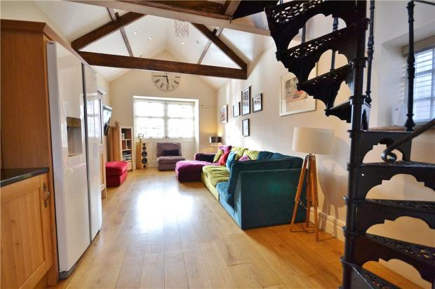 Annex Living Area 2