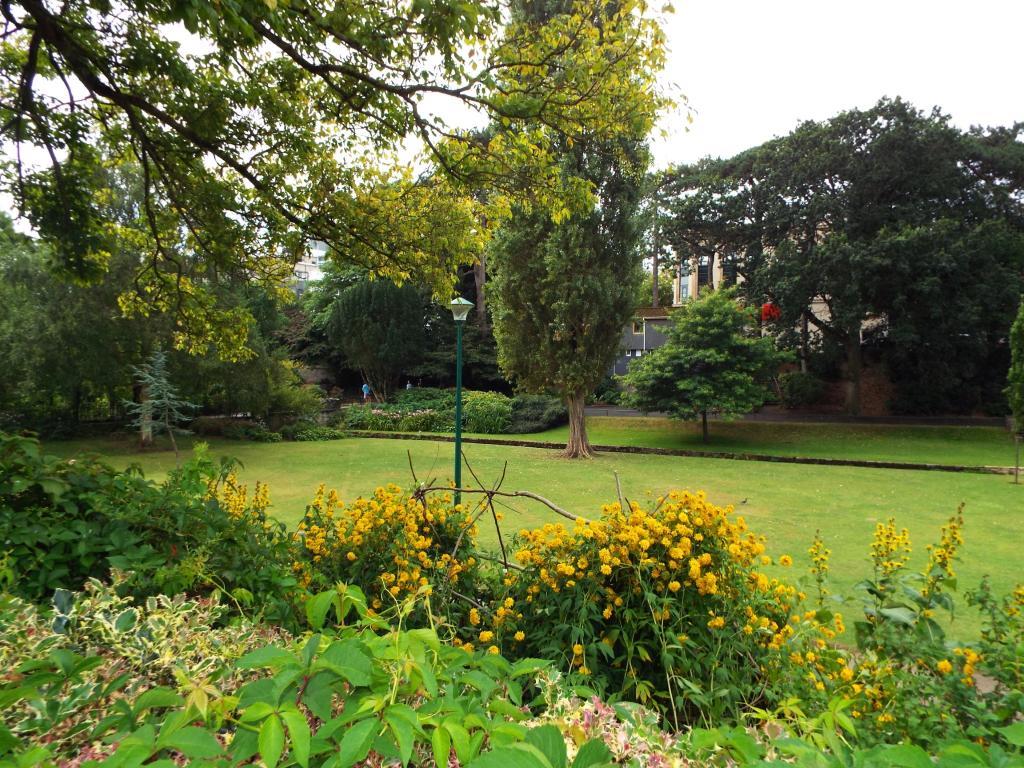 Upper Gardens