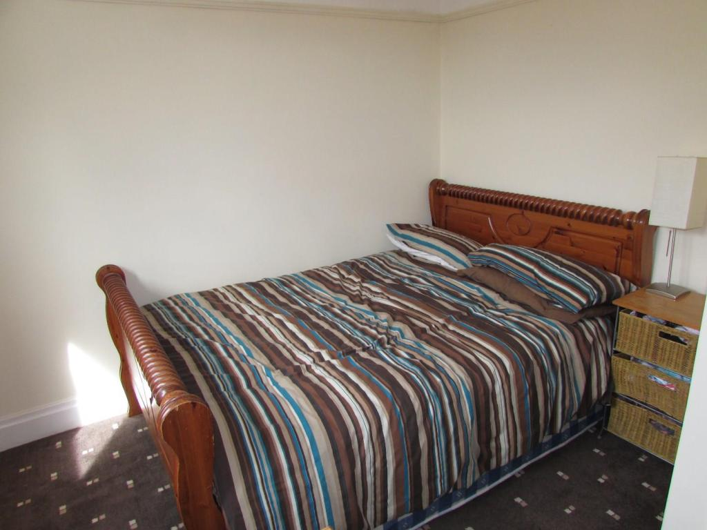 StansfieldSt60bed3.J