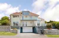 7 bedroom Detached house in Newlands Road...