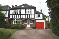 5 bedroom Detached home for sale in Oakleigh Avenue...