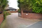 Detached Bungalow to rent in Main Street, Cairneyhill...