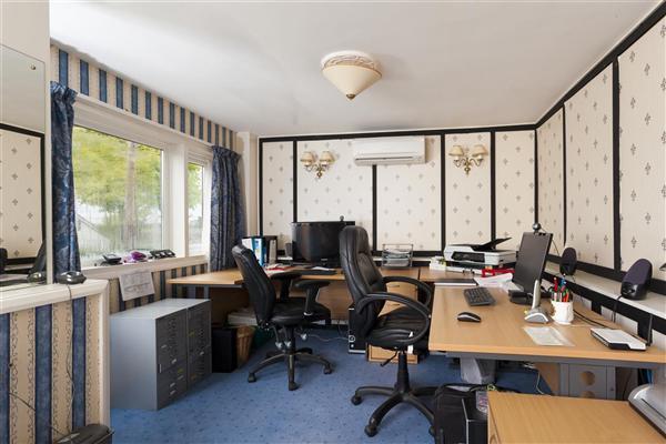 Guest Annexe/Home