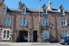 2 bedroom Flat in Top Floor Flat 66...