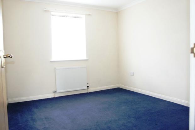 Harris Close 32 - bedroom