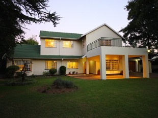 5 bedroom property in Gauteng, Randburg