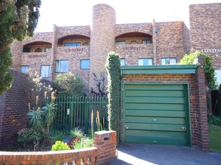3 bed Duplex in Gauteng, Randburg