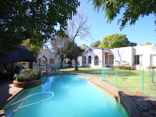 8 bedroom property in Gauteng, Randburg