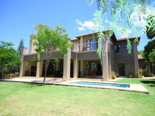 5 bedroom home in Gauteng, Randburg
