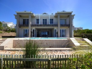 5 bed property for sale in Western Cape...