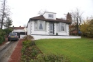 3 bed Detached Bungalow in Bowfield Road, Howwood...