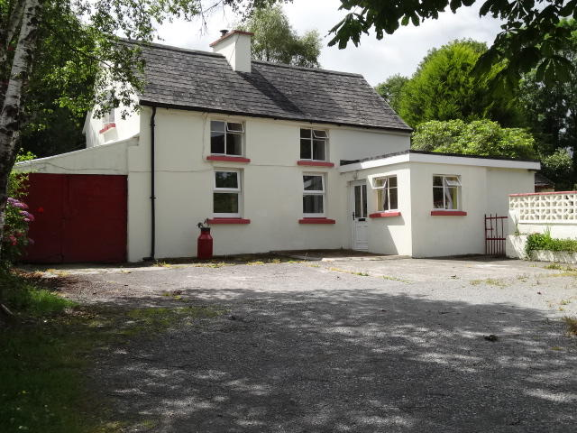3 bed Detached house for sale in Dunmanway, Cork