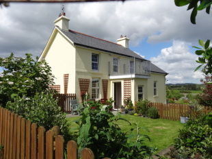 2 bedroom Detached house for sale in Cork, Skibbereen