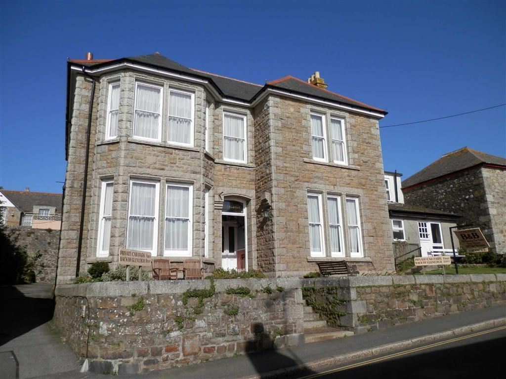 Guest house for sale in glenleigh marazion cornwall tr17 for Houses for sale with guest house on property